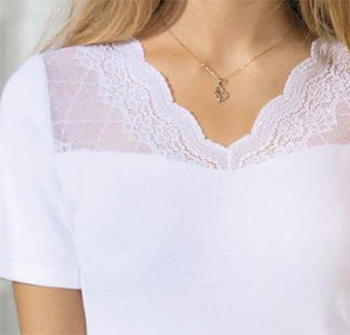 Bílé dámské tričko zdobené krajkou