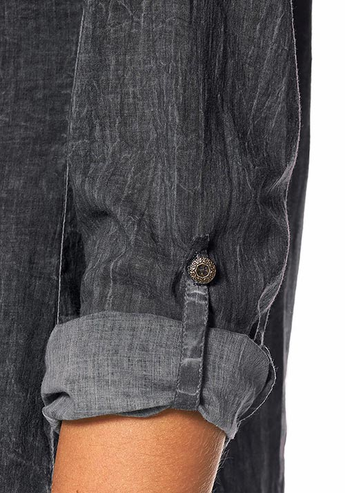 Top s fixačním knoflíkem na ohrnuté rukávy