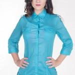Modrá lehce průsvitná dámská košile s jemným proužkem