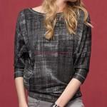 Žíhané tričko s tříčtvrtečními rukávy netopýřího střihu