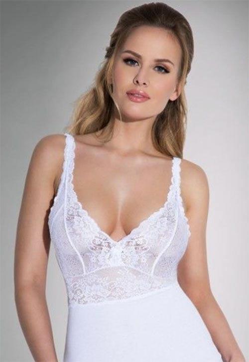 Bílá spodní košilka