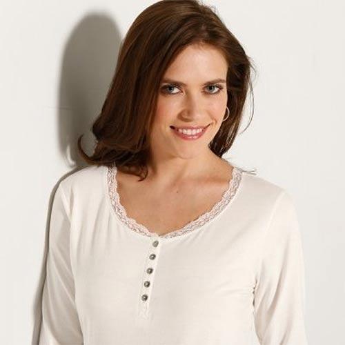 Tričko s krajkovým výstřihem