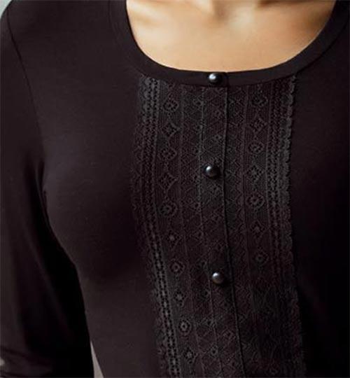 Černé triko s krajkou a knoflíčky