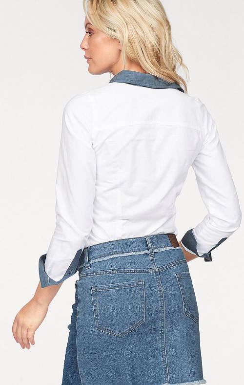 Bílá košile s denimovým límečkem