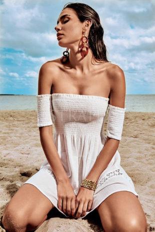 Plážové italské šaty se spadlými rukávy