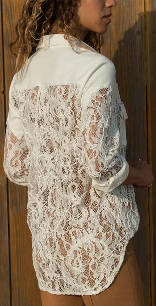 Bílá prodloužená dámská krajková košile