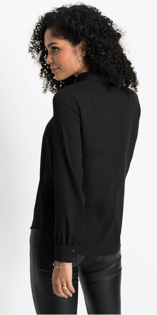 Černá halenka s dlouhými rukávy