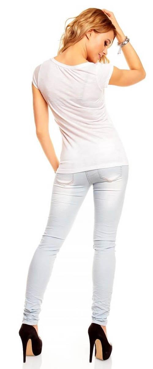 Jednoduché dámské tričko k džínam