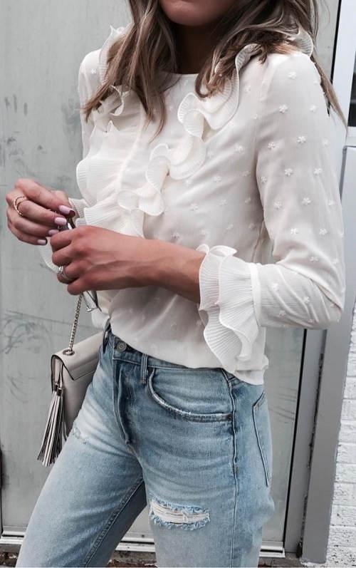 Volánková halenka k džínám