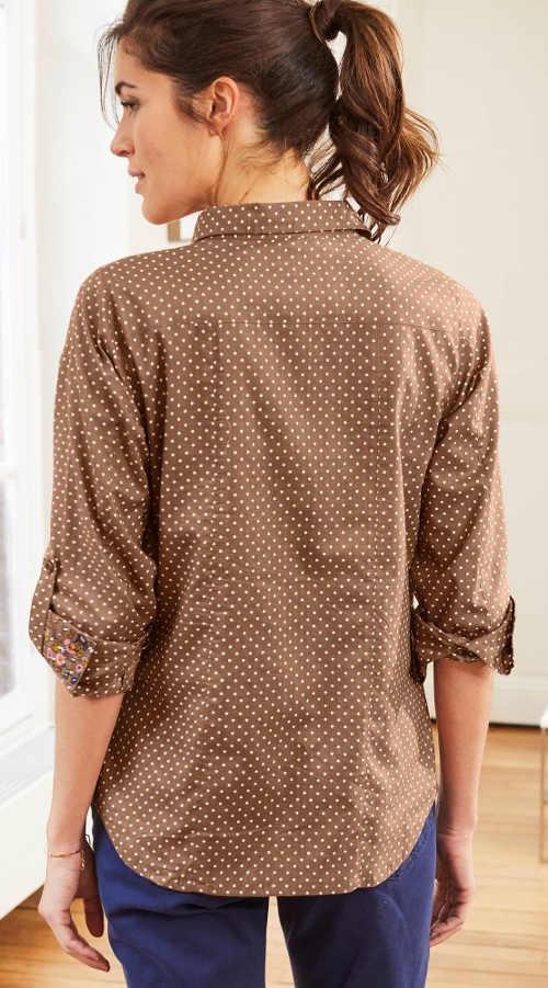 Hnědá dámská puntíkatá košile