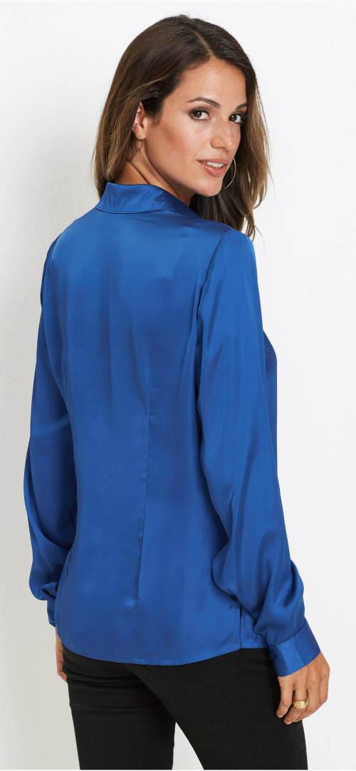 Modrá saténová košilová halenka