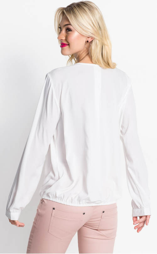 Pohodlný bílý top s dlouhými rukávy