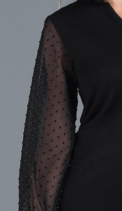 0e42f54c490 Černá halenka s volnými rukávy se třpytkama. Průsvitné rukávy s třpytivými  kamínky ...