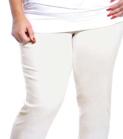 Bílé kalhoty pro plnoštíhlé