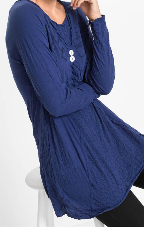Modrá dámská tunika mačkaného vzhledu