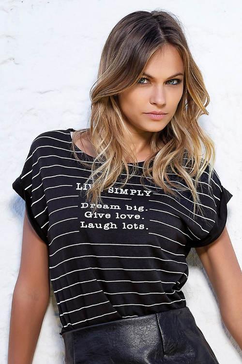 Dámské pruhované černobílé tričko s nápisy