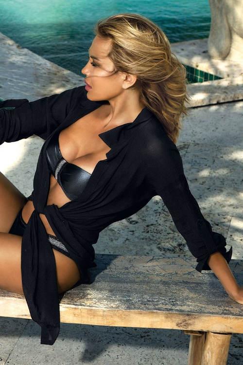 Černé plážové šaty Patricia v pohodlném košilovém střihu