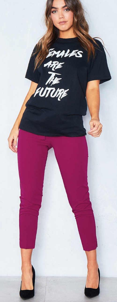 """Dámské černé tričko s nápisem """"ženy jsou budoucnost"""""""