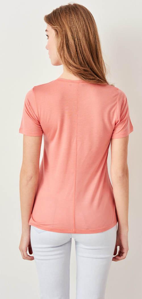 Dámské tričko s podelným švem na zádech