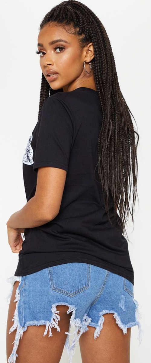 Černé prodloužené dámské tričko s obrázkem