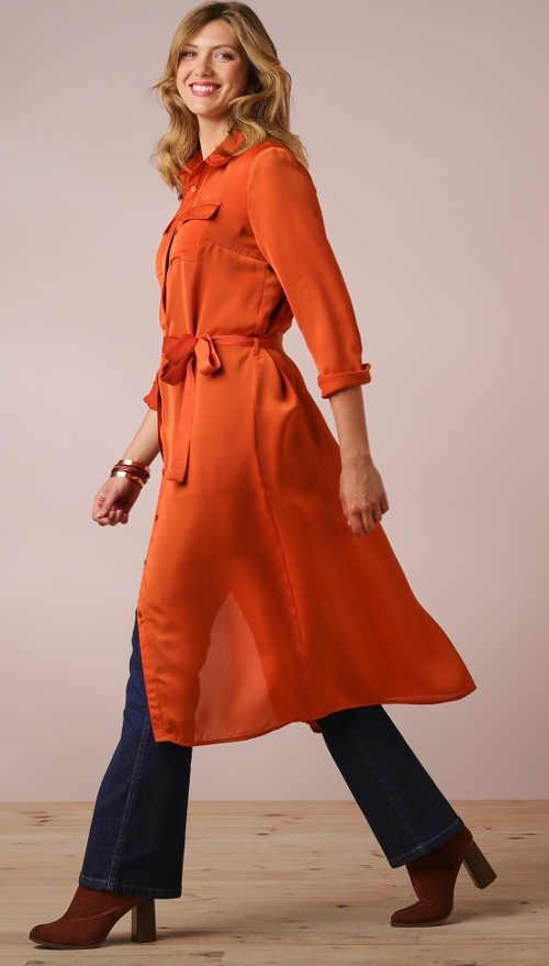 Dlouhá lehká oranžová dámská košile