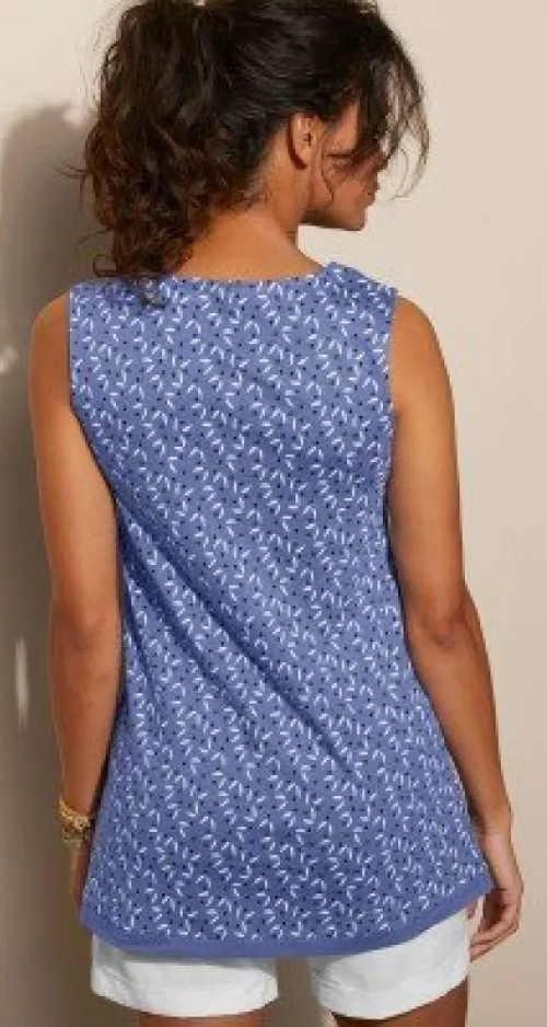 Modrá letní volnočasová halenka pro plnější tvary