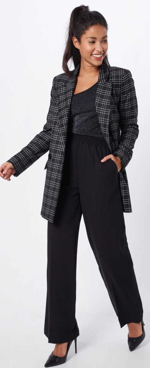 Černá třpytivá halenka pod sako
