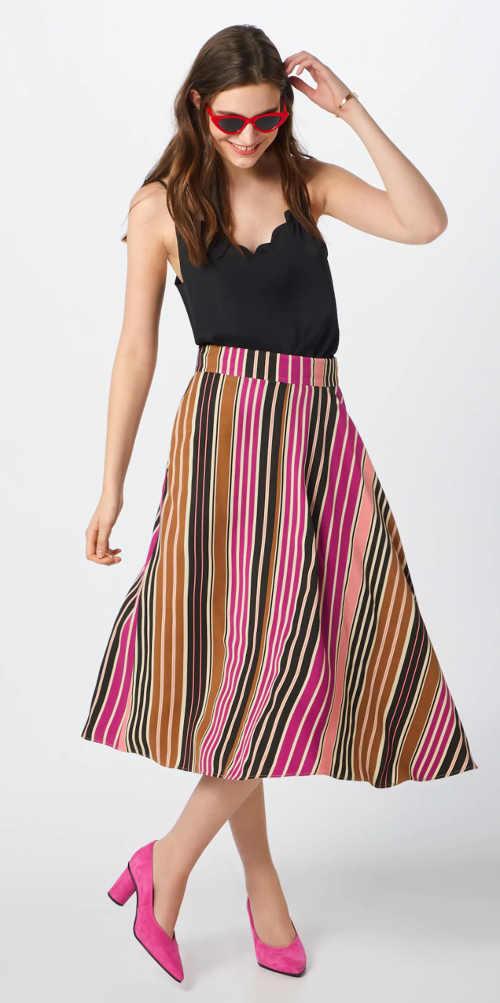 Černé dámské tílko široké letní pruhované midi sukni