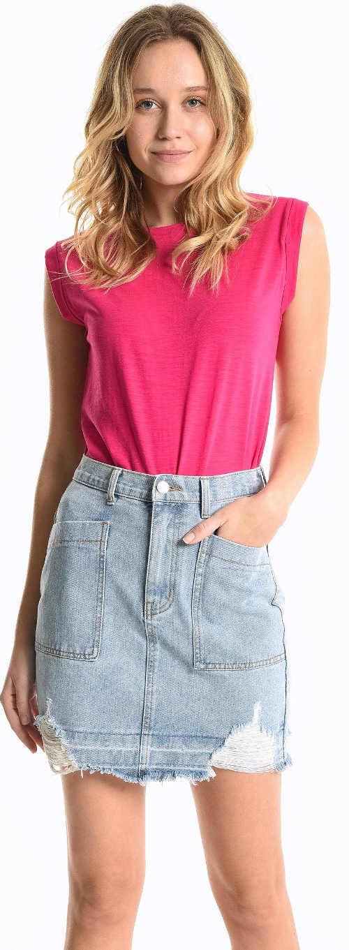 Jednobarevné letní dámské růžové tričko bez rukávů