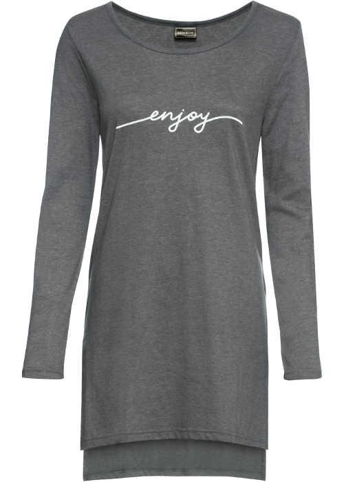 Dlouhé triko z příjemného materiálu a decentním nápisem