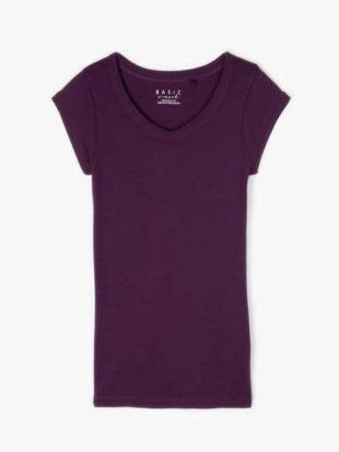 Tričko v klasickém střihu s výstřihem u krku v různých barvách