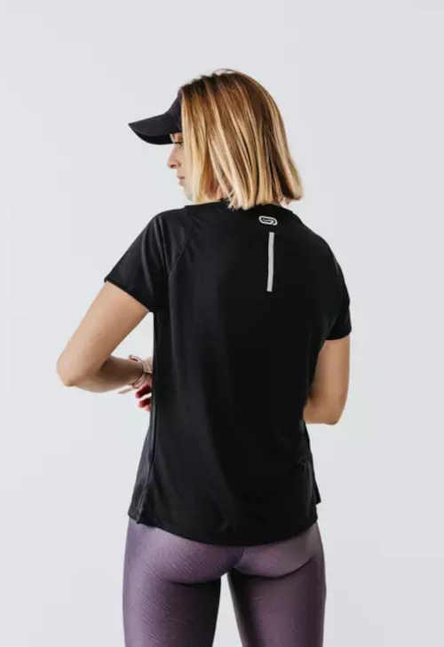 běžecké tričko v klasickém střihu