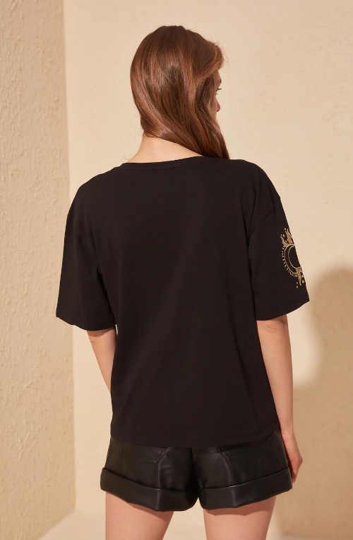 tričko v jednobarevném provedení